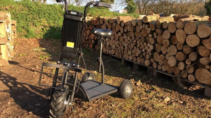 Trottinette électrique 3 roues spécialement conçue pour les terrains agricoles, vignes